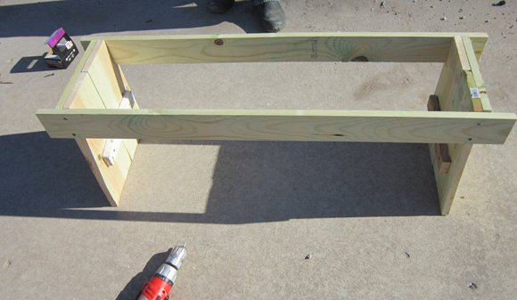 bench+step+8 DIY Bench