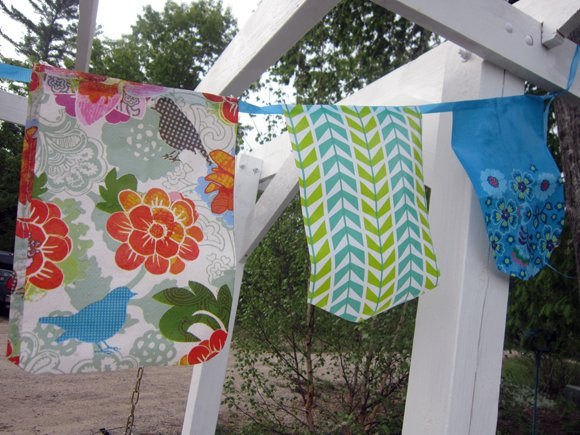 close up+reusable+bag+bunting No Sew All Weather Outdoor Bunting