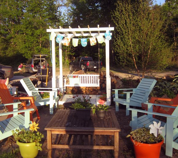 patio+area No Sew All Weather Outdoor Bunting