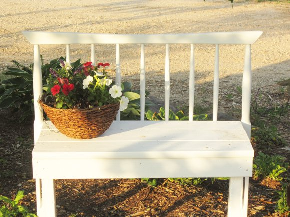 Finished+bench+1 Simple Rustic Headboard Bench Tutorial