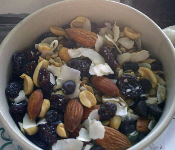 Homemade+trail+mix Beach and Boating Snack Ideas