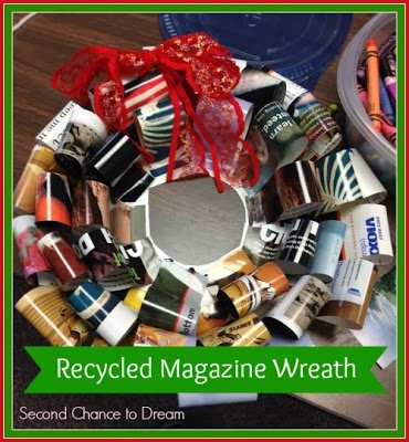 Recycled+Magazine+Wreath 15 Kids Christmas Crafts