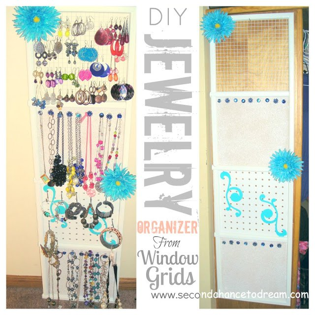 jewelry hanging organizer {Featured On}