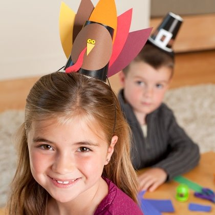 make your own hat station thanksgiving craft photo 420 FF1109THANK A07 15 Kids Thanksgiving Crafts