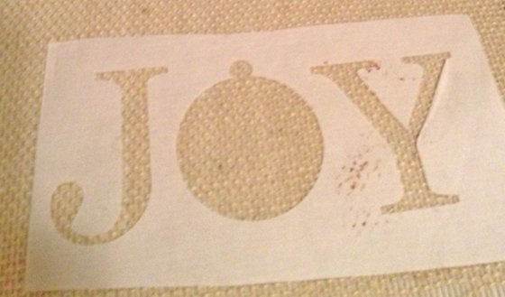 Christmas+placemats+joy+stencil DIY Christmas Burlap Placemats