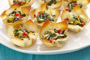 Warm Spinach Artichoke Cups 47458 {25 Quick & Easy Appetizers}