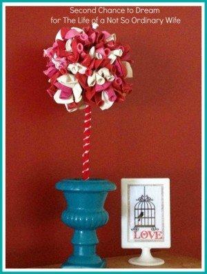 DIY Valentine Balloon Topiary