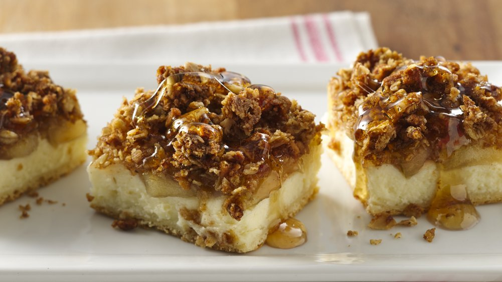 Maple Apple Cheesecake Bars