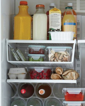 mld106363_1110_fridge_basket.jpg