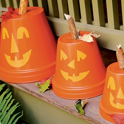 flowerpot pumpkins halloween craft photo 420 FF1006PARTA03 15 Kids Halloween Crafts 2