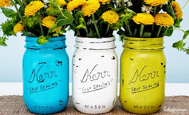 Vintage Inspired Painted Mason Jars with livelaughrowe.com