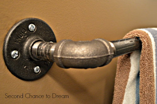 Second Chance to Dream: DIY industrial towel bar