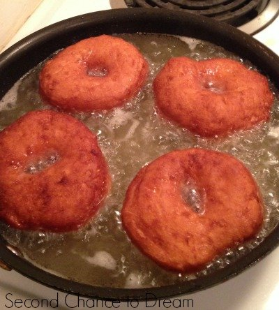 doughnuts frying