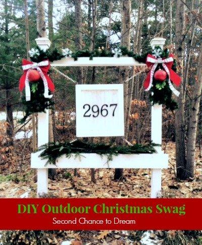 DIY Outdoor Chrismtas Swag #Christmas #dollarstore #DIYdecor