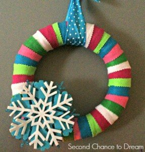 Quick & Easy Felt Christmas Wreath