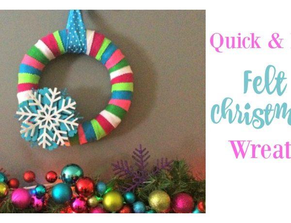 Second Chance to Dream: Quick & Easy Felt Christmas Wreath #ChristmasDIY #Christmas