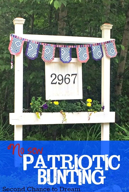 Second Chance to Dream: No Sew Patriotic Bunting #Dollatstore #DIY #NoSew