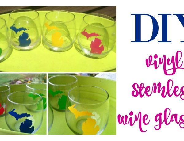 Second Chance to Dream: DIY Vinyl Stemless Wine Glasses #giftidea #DIY