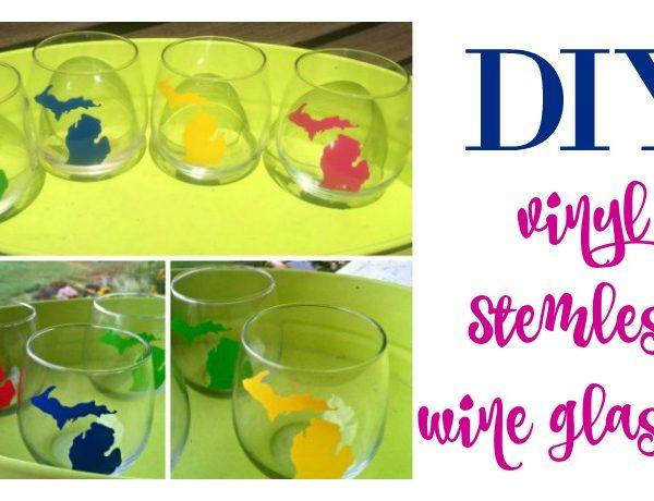 Second Chance to Dream: DIY Vinyl Stemless Wine Glasses #giftidea #DIY