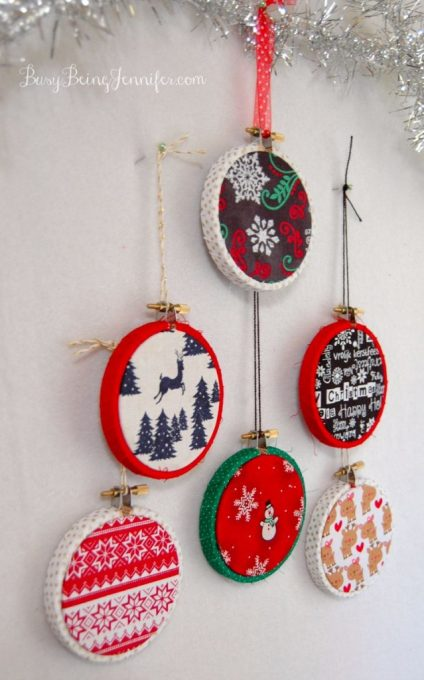 Easy Mini Hoop Christmas Ornaments - BusyBeingJennifer.com #101HandmadeDays