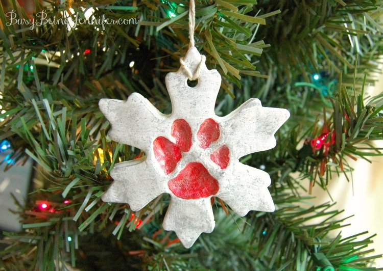 Pet Paw Print Snowflake Ornament from BusyBeingJennifer.com #ad #plaidcrafts