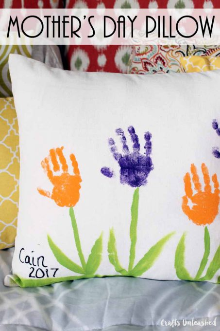 handprint-flowers-pillow-consumer-crafts-unleashed-26